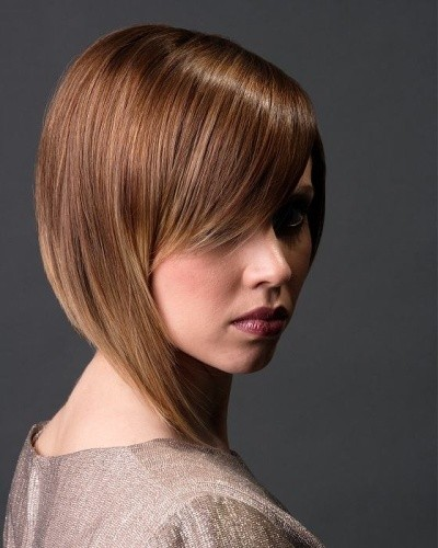 Asymmetrical-bob-haircut-With-brown-hair